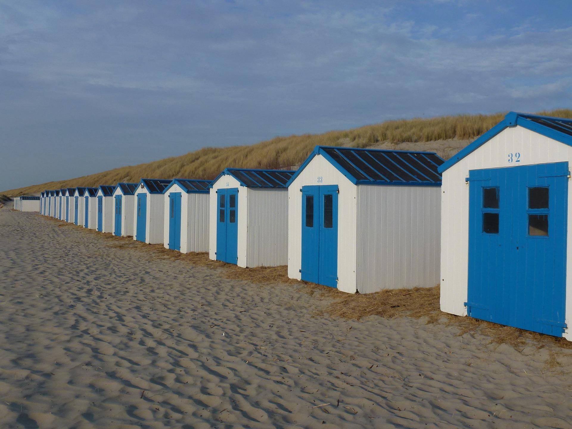 beach-2534446_1920